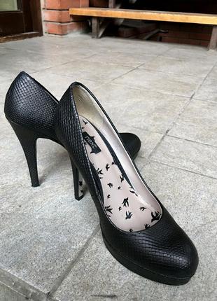 Туфли фирмы Next