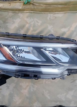 Фара правая Honda CR-V 2015 г. (USA, оригинал)