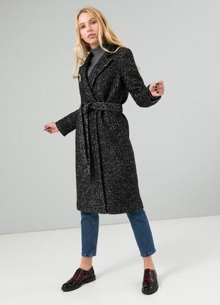 Женское пальто черно-белое букле season