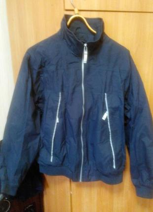 Мужская куртка ( ветровка)