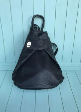 Женский кожаный итальянский рюкзак черный жіночий шкіряний іта...