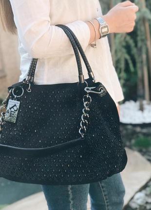 Женская замшевая сумка с камнями черная жіноча замшева чорна