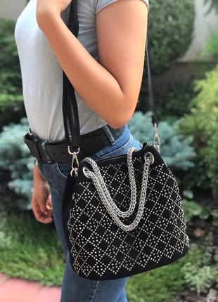 Женская замшевая сумка polina & eiterou черная с камнями жіноч...