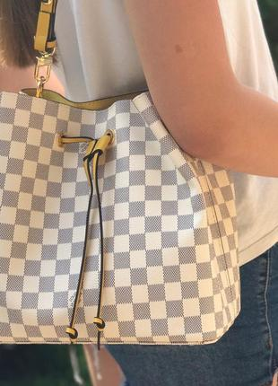 Женская сумка жіноча біла белая  Louis Vuitton Луи Виттон