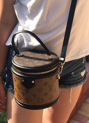 Женская сумка цилиндрической формы жіноча Louis Vuitton Луи Витто