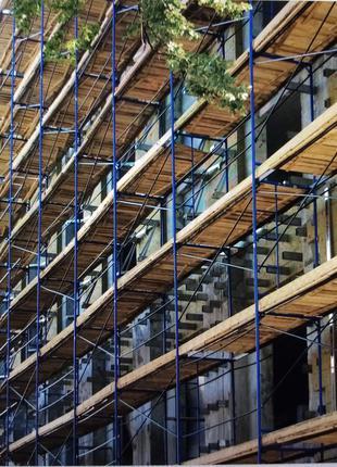Леса строительные для фасадных робот .
