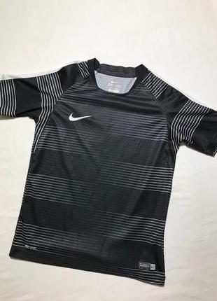 Детская футболка nike 8-10 лет