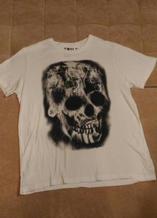 Белая футболка с принтом череп , р.xxl