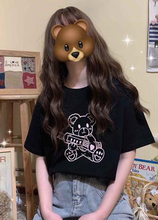 Женская футболка с медведем