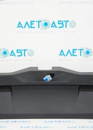 Обшивка крышки багажника VW Jetta 19-