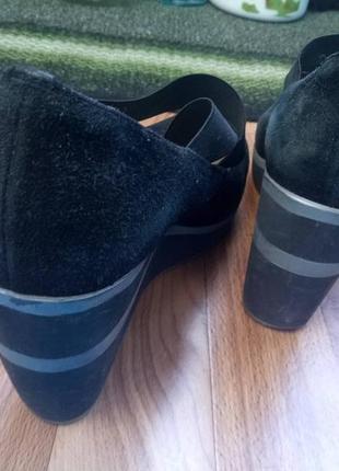 Туфли на платформе замшевые