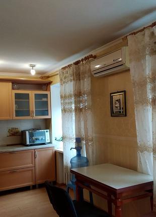Сдам 2 комнатную квартиру низ Кирова