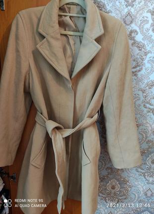 Пальто из овчины М 46 размер.