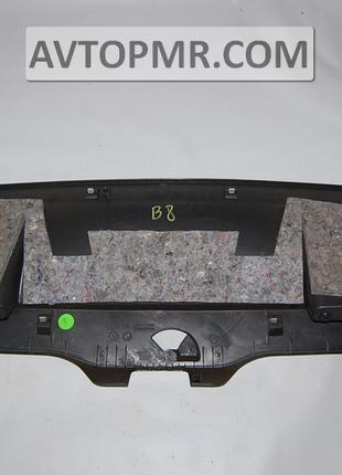 Обшивка крышки багажника VW Passat b8 USA