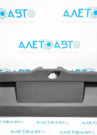 Обшивка крышки багажника VW Jetta 11-18 USA