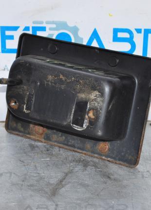 Клык усилителя заднего бампера лев Hyundai Sonata 11-15