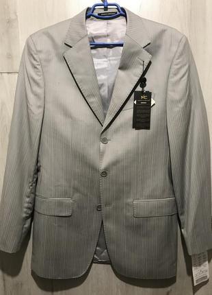 Мужской классический костюм marco corvari серо-серебряный  075...