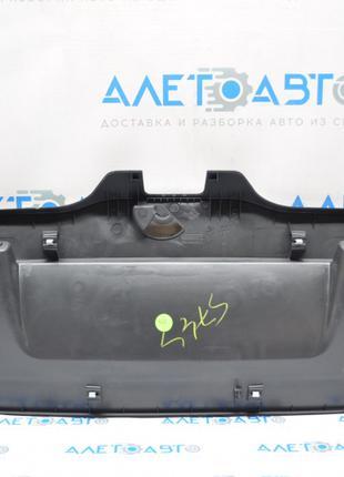Обшивка крышки багажника VW Passat b7 USA
