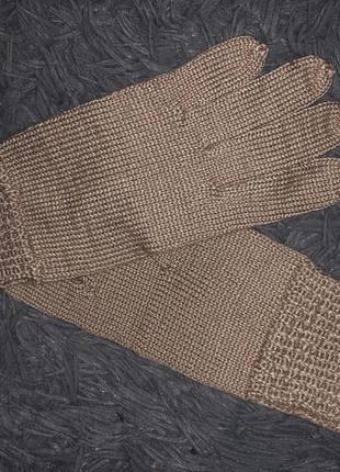 Бежевые женские перчатки варежки