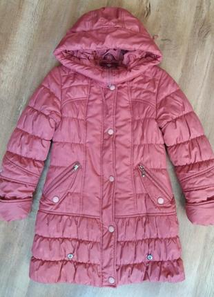 Зимняя куртка- пальто на девочку 7-9лет( 122-140см).