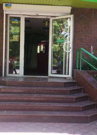 Торговое помещение 88 кв.м. в центре Никополя