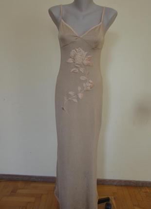 Шикарное трикотажное золотистое вечернее платье с вышивкой дли...
