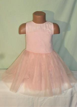 Нарядное платье с пышной юбкой на 4годика
