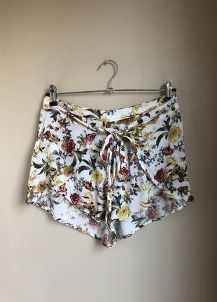 Летние шортики белые шорты высокая талия цветочный принт 36/38...
