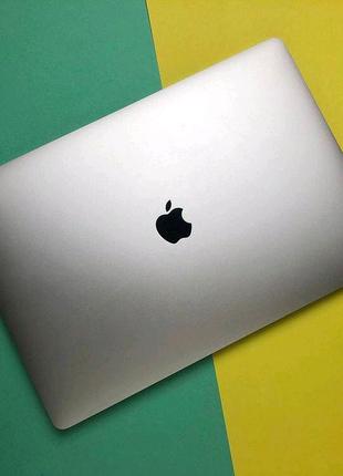 MacBook Pro 15, 2017 i7, 16Gb