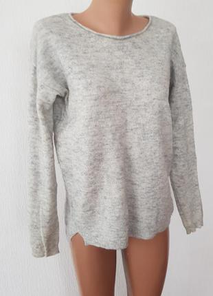 100% шерсть!! шикарний светр !!