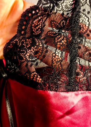 Атласная женская ночная рубашка