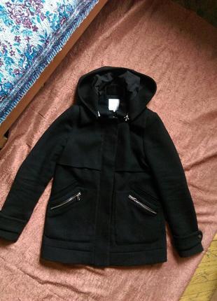 Пальто zara с кожзам вставками
