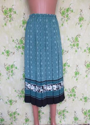 Стильная юбка в складку/принт