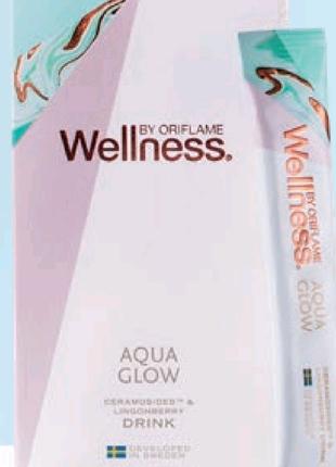 Напиток Aqua Glow  с Ceramosides™  и брусникой