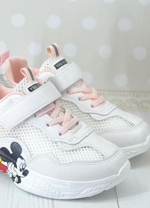 Очень крутые кроссовки, облегченные, для девочки