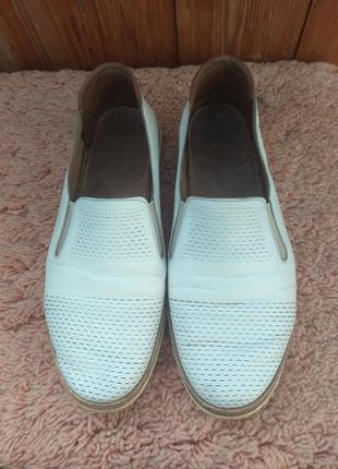Кожаные туфли, балетки, макасины