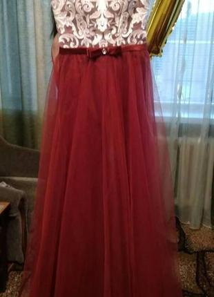 Шикарное длинное выпускное платье