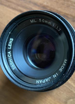 Мануальный объектив Yashica Lens ML 50mm 1:1.7+ Sicor 52mm UV Jap