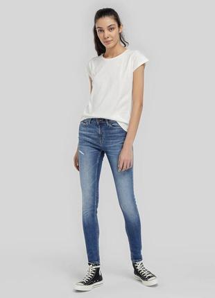 Новые джинсы скинни темно-голубые рваные w30 l34 *tommy hilfiger*