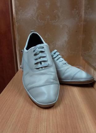 Мужские туфли.кожанные .zara men.