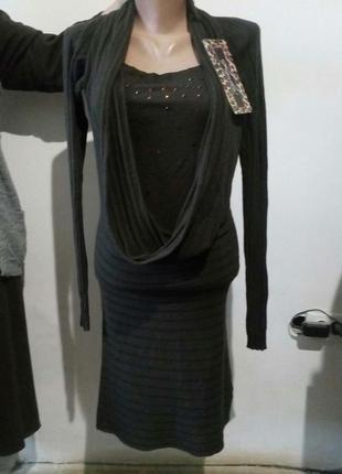 Стильное платье koucla