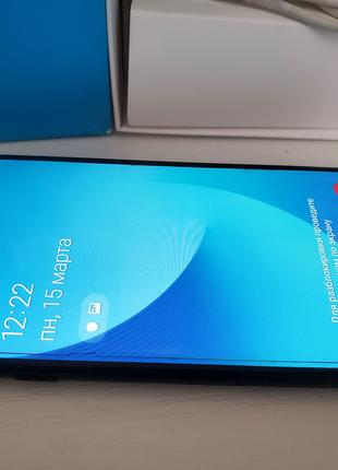 Телефон Samsung Galaxy J5 2017