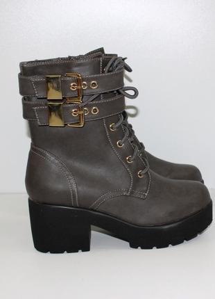 Удобные женские коричневые осенние демисезонные ботинки на шну...