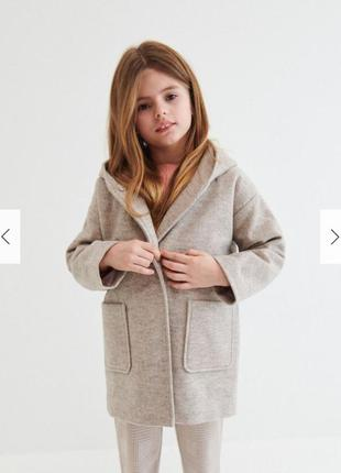 Водонепроницаемое стильное пальто reserved для девочки 9-10 ле...