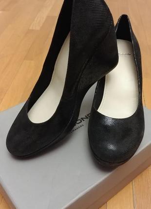 Черные туфли, танкетка натуральная кожа vagabond р. 39-40 новые