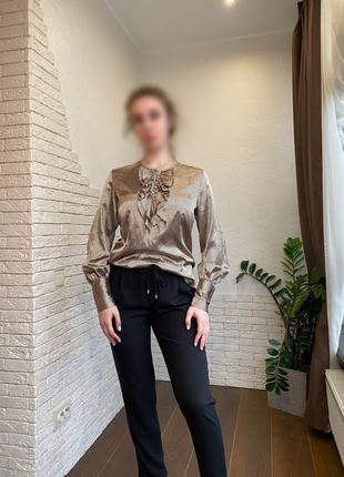 Шелковая блуза в офис.