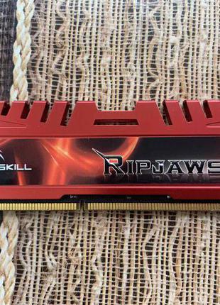 Память DDR3 4Gb,  1600 Mhz, с радиаторами