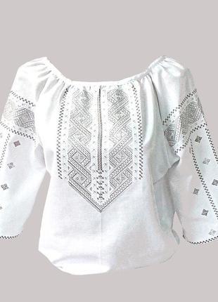 Женская вышиванка машинной вышивки крестиком и гладью