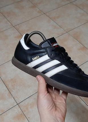 Кожаные кроссовки,кеды,футзалки adidas (адидас)