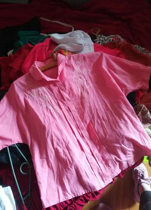 Рубашка блуза розовая вышивка гладью цветы